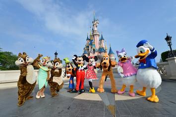 Book tidligt tilbud i Disneyland Paris